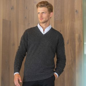 Lambswool V-neck jumper Thumbnail